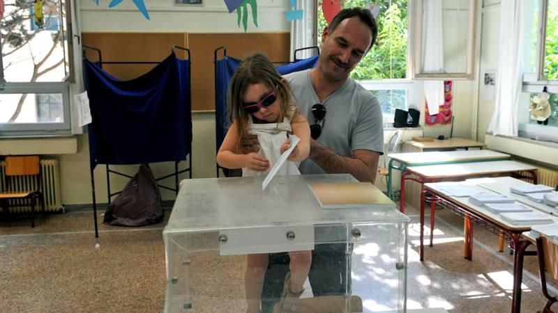 Los griegos eligen hoy nuevo gobierno