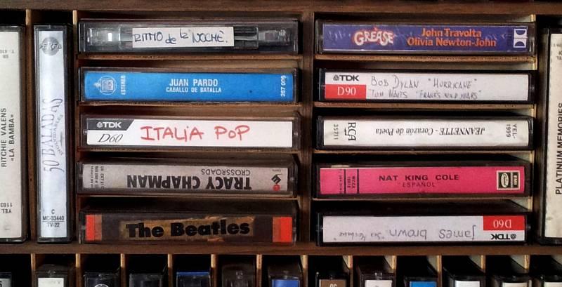 Cachitos de hierro y cromo - Italia pop - avance