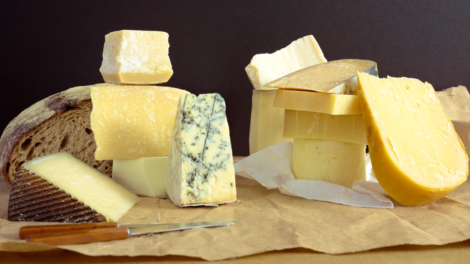 Así se prepara una tabla de quesos