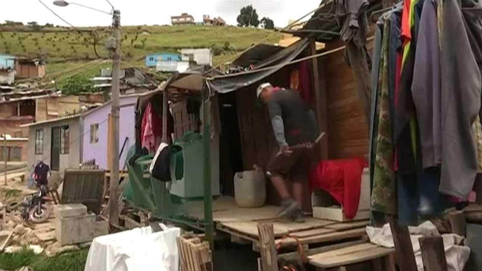 El conflicto en Colombia provoca el aumento del número de infraviviendas en  el país - RTVE.es