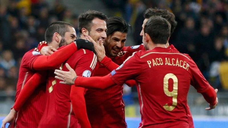 España cierra con triunfo en Ucrania y exhibición de De Gea