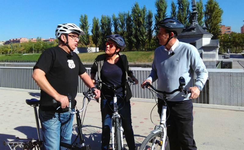 'Seguridad Vital' - En bici con el humorista Leo Harlem