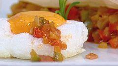 Cocina con Sergio - Pisto de pimientos con huevos y pasta filo con avellanas