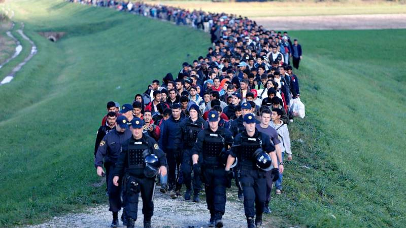 Eslovenia recurre al Ejército para contener a los refugiados