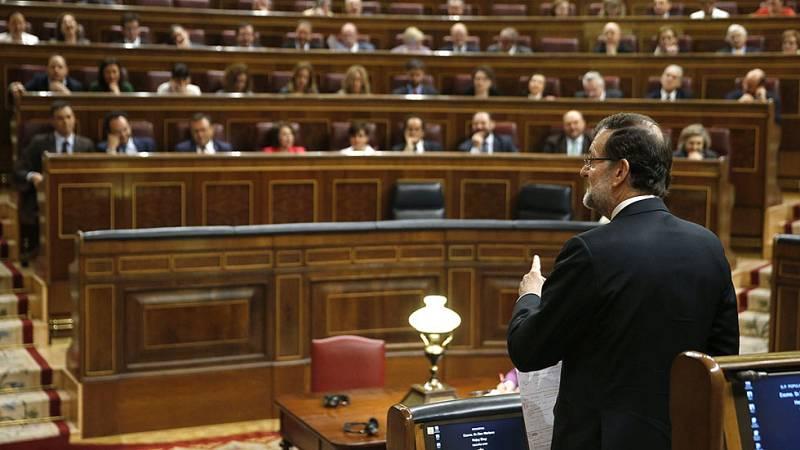 Rajoy y Sánchez se enfrentan por los Presupuestos en la última sesión de control al Gobierno