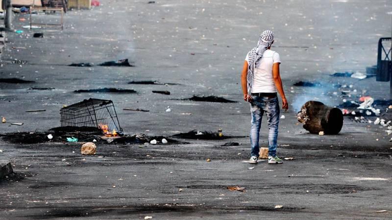 Un palestino abatido tras un ataque y cinco israelíes heridos por un atropello, en una nueva jornada de violencia