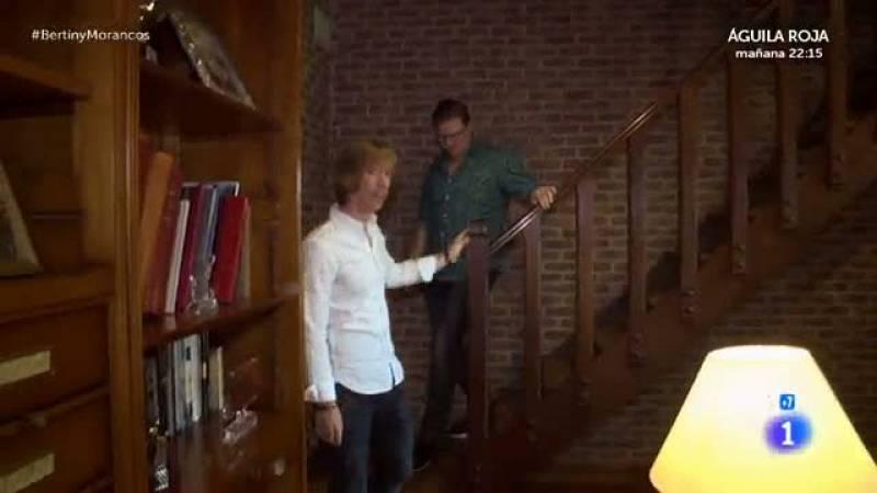 En la tuya o en la mía - Jorge Cadaval y su marido se prueban las chaquetas de Bertín