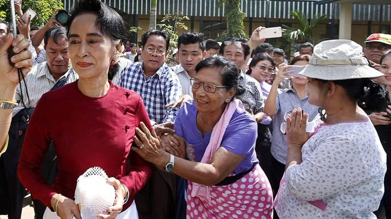 Birmania vota con San Suu Kyi como favorita