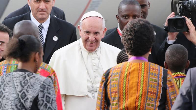 El papa Francisco inicia su gira por Kenia, Uganda y República Centroafricana