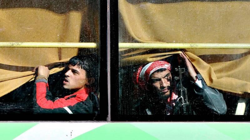 Evacúan de Homs a los últimos rebeldes y civiles que quedaban en la ciudad siria