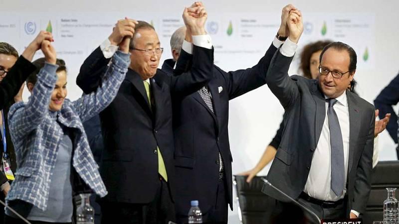 Pacto histórico en París: 195 países y la UE aprueban un acuerdo global contra el cambio climático