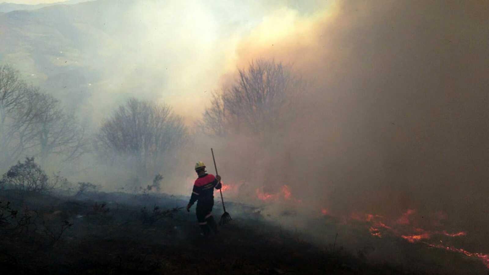20 incendios continúan activos en el norte del país