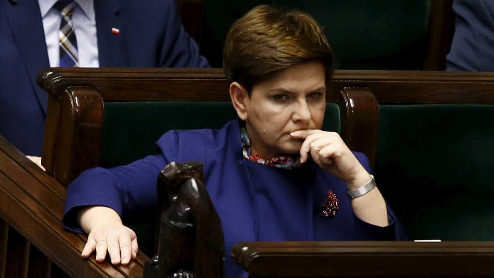 Bruselas abre una investigación inédita a Polonia por las reformas de su gobierno ultraconservador