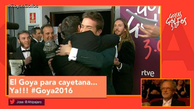 Goyas Golfos 2016- El 'abrazaco' de Pablo Alborán y Dani Rovira