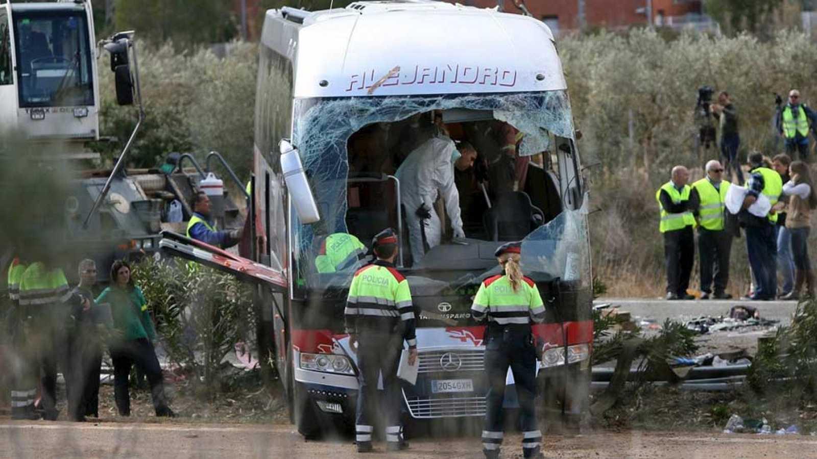 Así ha sido el accidente de autobús en el que han fallecido 13 mujeres en Tarragona