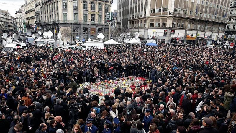 Atentados en Bruselas: Minutos de silencio en Madrid y Bélgica
