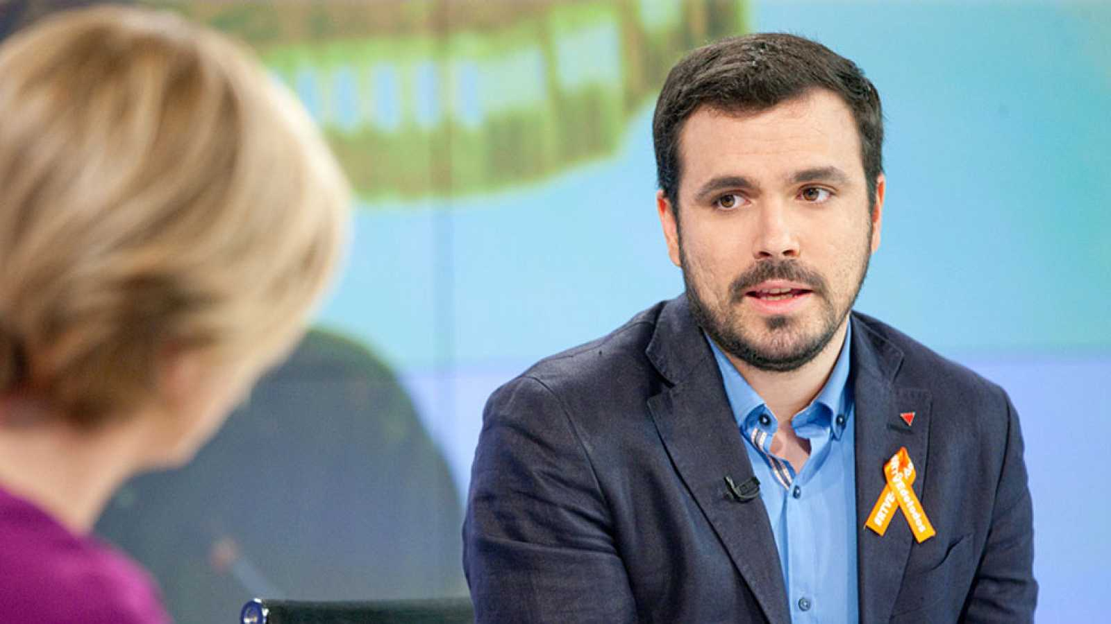 """Garzón ve en una coalición electoral con Podemos una oportunidad para """"evitar que PP y Ciudadanos gobiernen"""""""