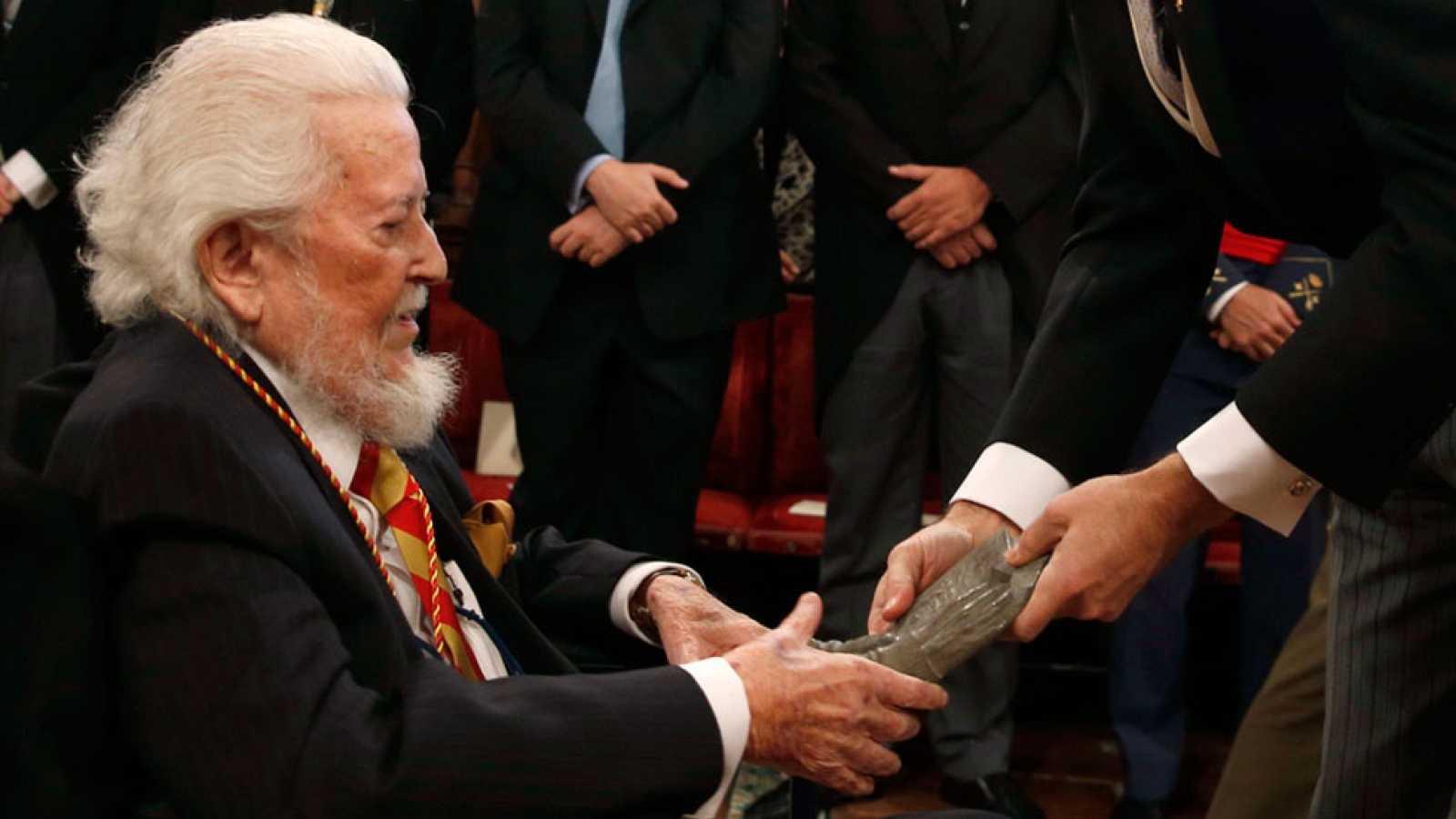 Fernando del Paso recibe el Premio Cervantes en la universidad de Alcalá