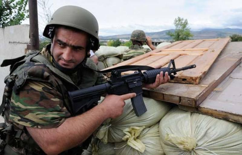 El ejército de Georgia bombardea la capital de Osetia del Sur