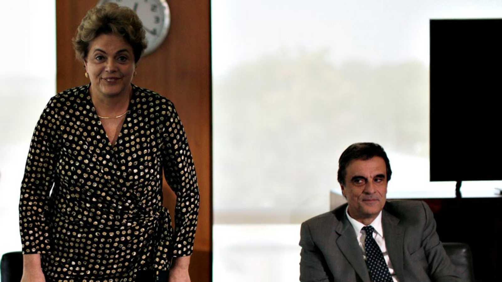 El Gobierno de Brasil presenta un recurso para intentar a la desesperada frenar el juicio político a Rousseff