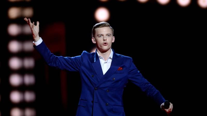 Eurovisión 2016 - Semifinal 1 - Estonia: Jüri Pootsmann canta 'Play'