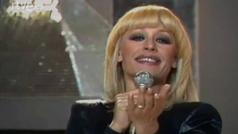 Retrato en vivo - Raffaella Carrá