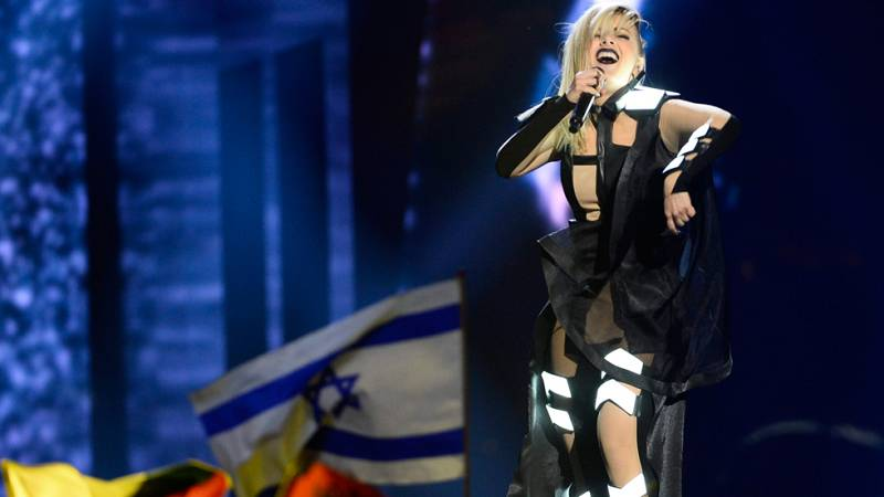 Eurovisión 2016 - Semifinal 2 - Bulgaria: Poli Genova canta 'If Love Was A Crime'