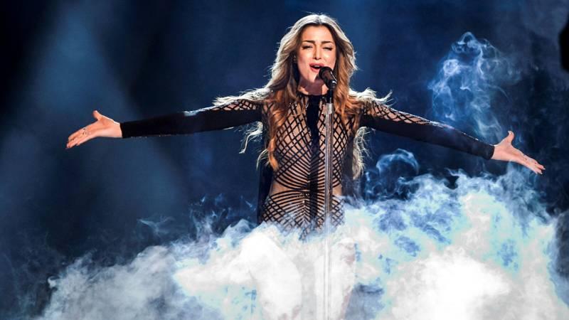 Eurovisión 2016 - Armenia: Iveta Mukuchyan canta 'LoveWave'