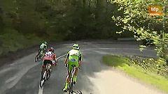 Incidente en un descenso del Giro entre Pirazzi y Cunego