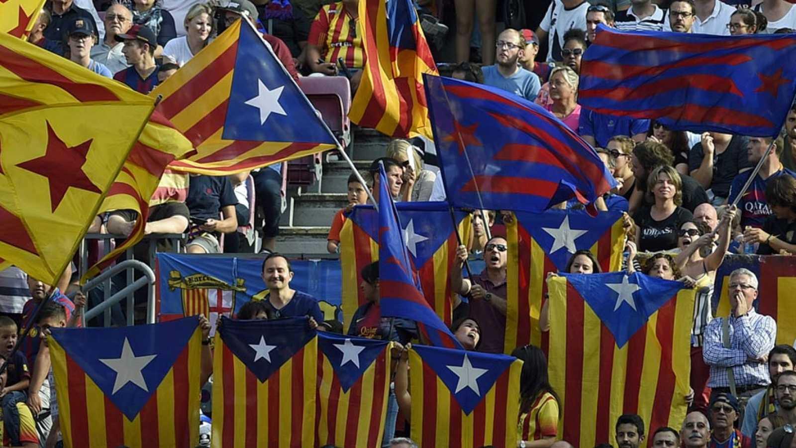 El juez levanta la prohibición de las esteladas en la final de Copa