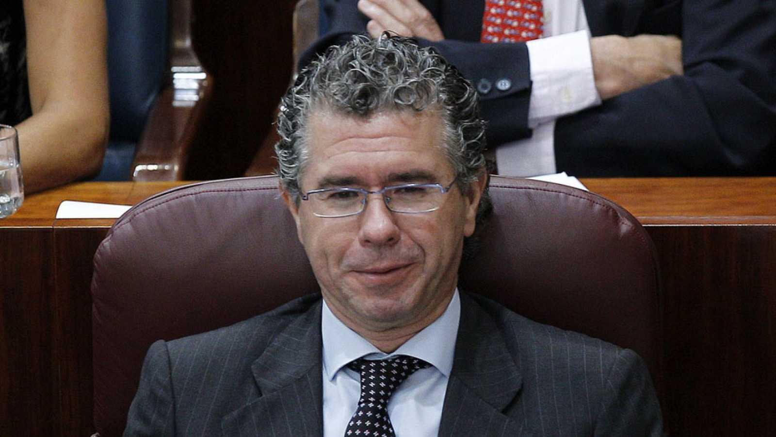 La Guardia Civil concluye que Granados recaudó comisiones para financiar al PP de Madrid