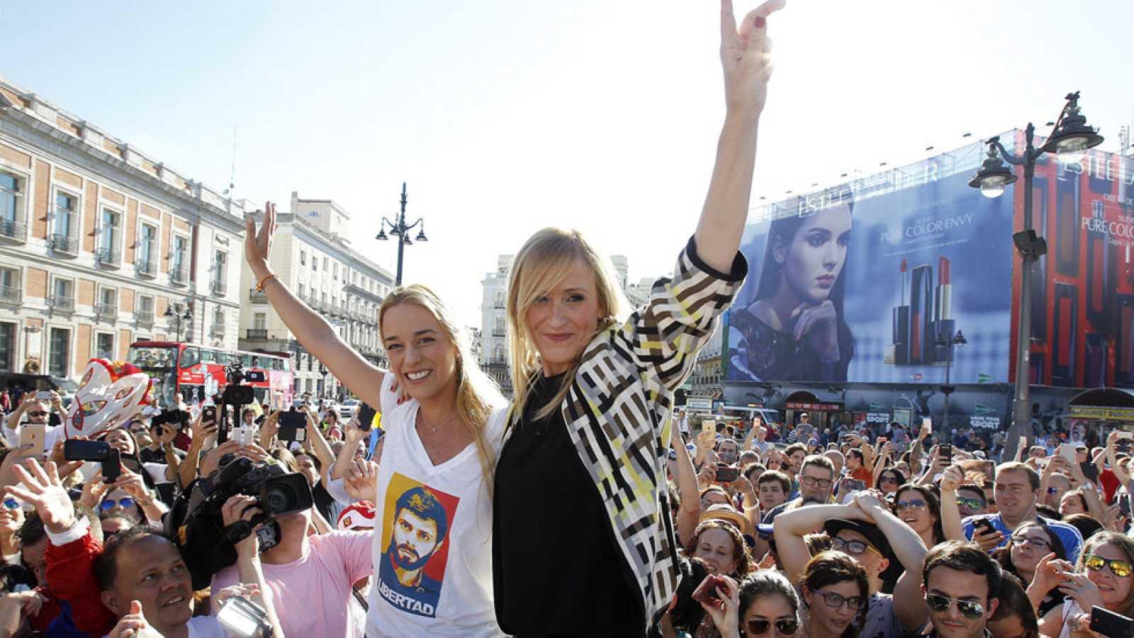 El PP y Ciudadanos arropan a Tintori en un acto solidario con Venezuela en Madrid a dos días de la campaña