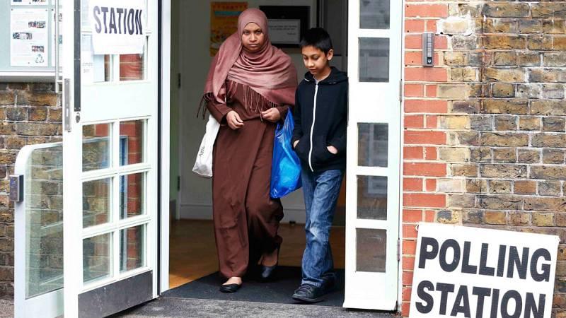 Sadiq Khan, alcalde musulmán de Londres hace campaña por el sí a Europa