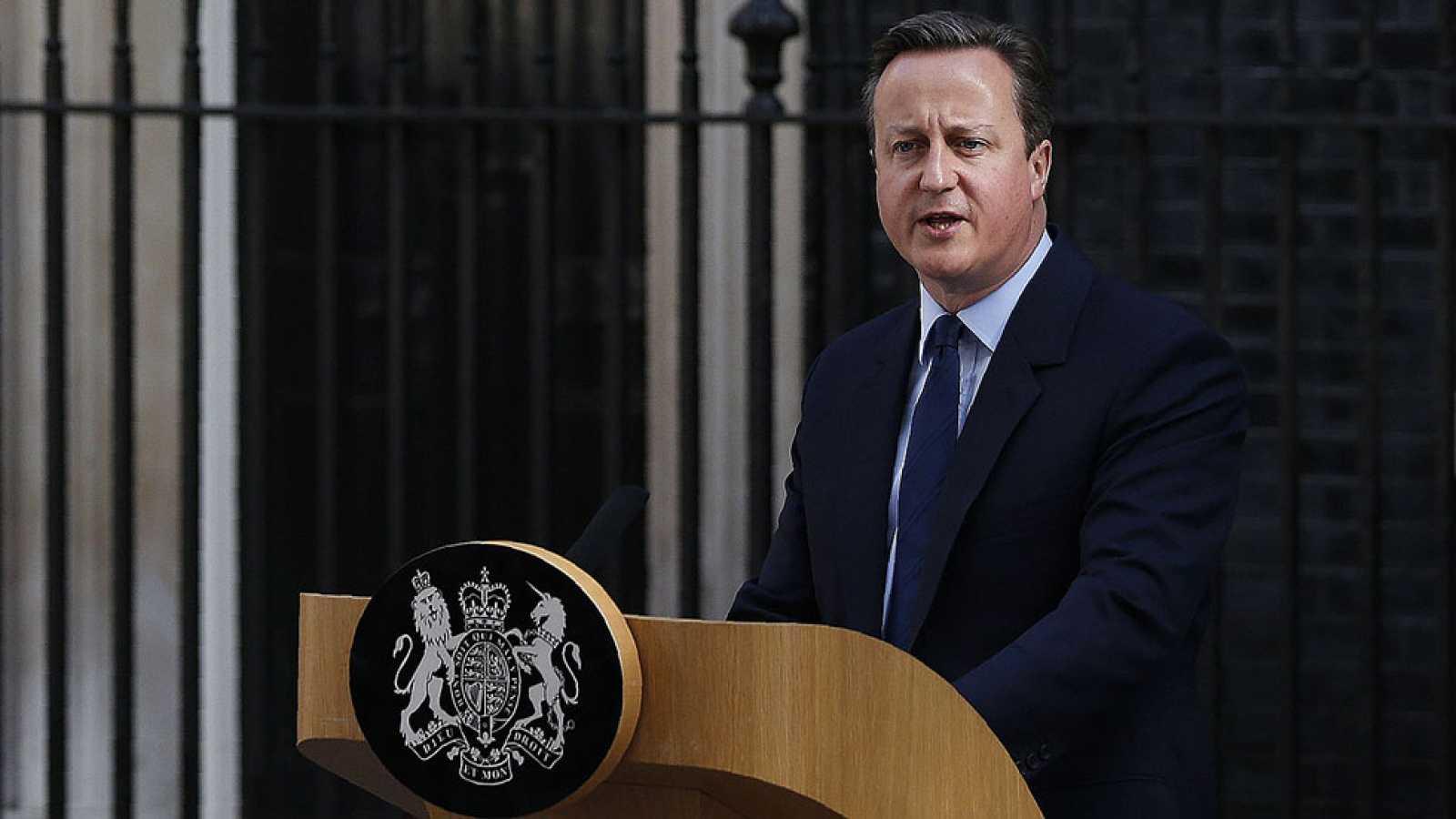 Cameron dimitirá antes de octubre tras la victoria del 'Brexit'