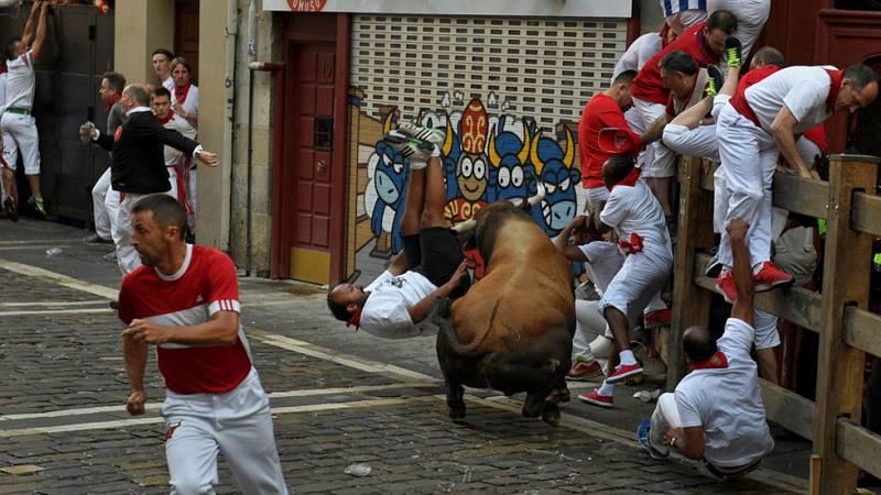Los Cebada Gago protagonizan un segundo encierro con siete heridos por asta de toro