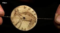 Documenta2 - Así comienza el documental 'Cuando el Homo Sapiens hacia cine'