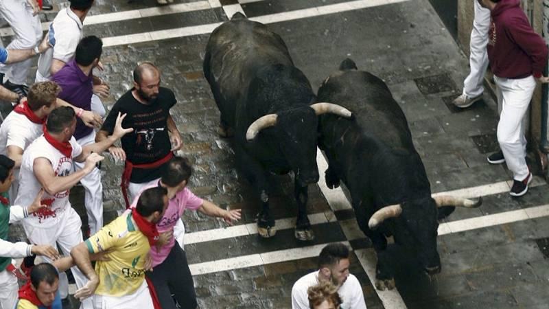 Séptimo encierro de San Fermín 2016 rápido y con momentos de peligro