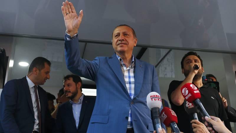 El presidente Erdogan sale más reforzado tras la asonada