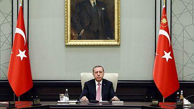 Turquía ultima medidas de excepción después del golpe militar