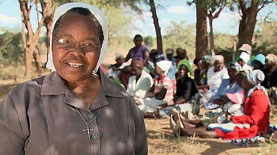 Pueblo de Dios - Zimbaue, tierra, agua, vida - ver ahora