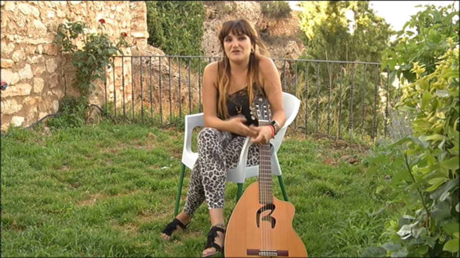 La cantante Rozalen promueve el festival LeturAlma