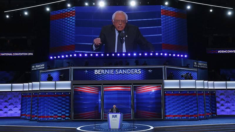 """Sanders inaugura la convención demócrata y pide el apoyo para el liderazgo """"unificador"""" de Clinton"""