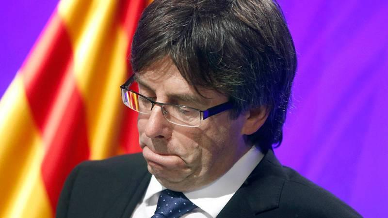 """Puigdemont pide """"lealtad"""" a la CUP antes de exigir nada y le alerta del peligro de repetir elecciones"""