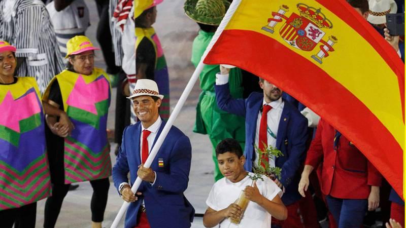 Río 2016 - El equipo olímpico español desfila en Maracaná abanderado por Nadal