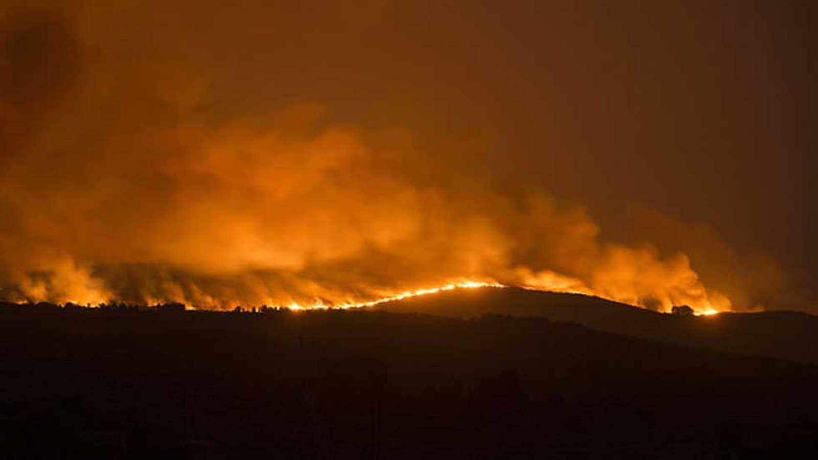 Galicia recupera la normalidad y solo se mantiene activo un incendio en Cualedro