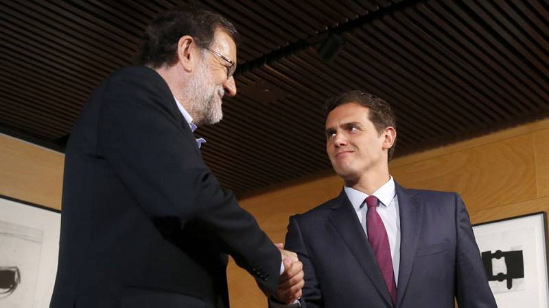 """Rajoy acepta las seis condiciones anticorrupción impuestas por Rivera para negociar el """"sí"""""""