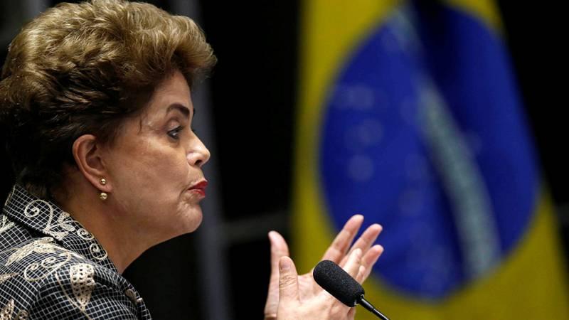 """Rousseff admite irregularidades en su alegato final ante el Senado, pero afirma que no cometió """"ningún crimen"""""""