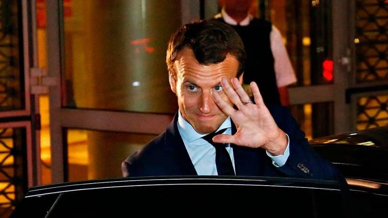 Emmanuel Macron sale del Gobierno de Hollande y apunta a la presidencia