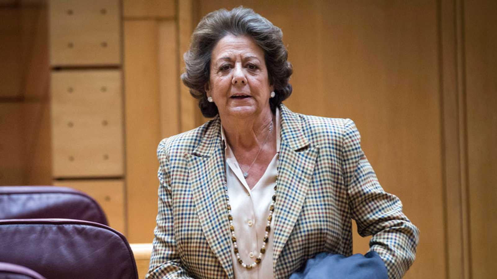Rita Barberá pide la baja en el PP pero no abandona su acta de senadora