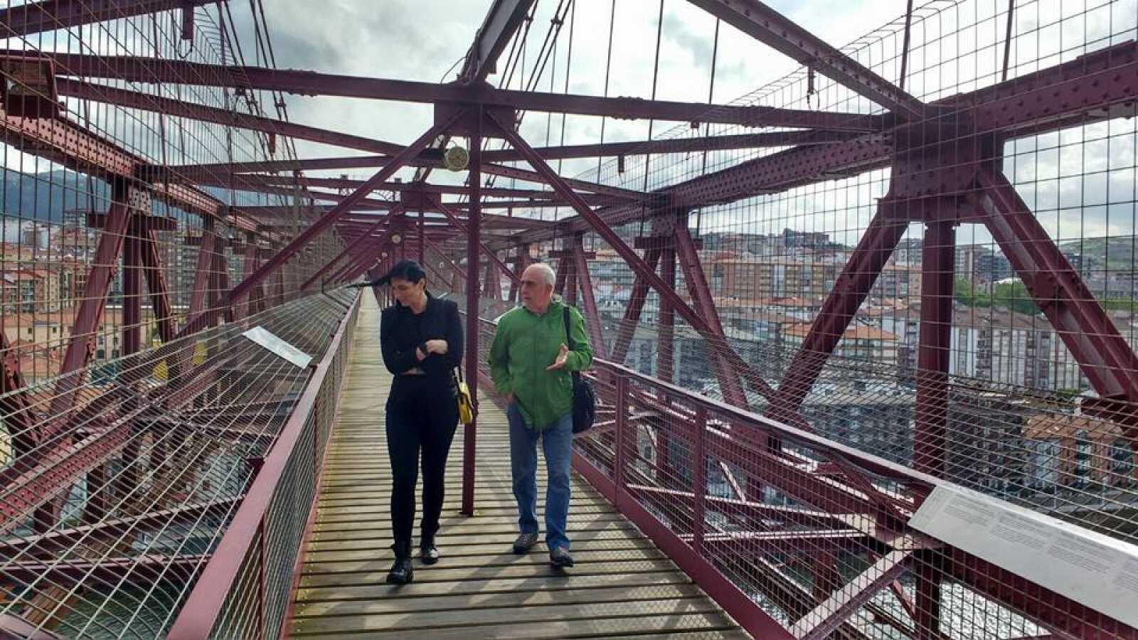 La mitad invisible - Puente Vizcaya - De Palacio - ver ahora